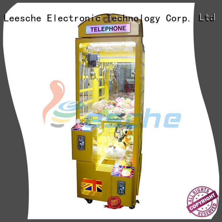 Hot claw arcade game acceptor the claw machine toy Leesche