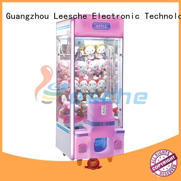 Leesche Brand newest game toy claw arcade game